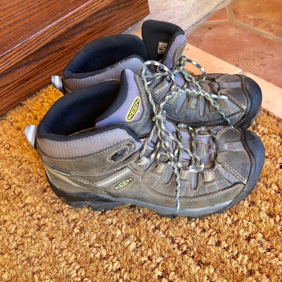 5fbbc59ae3b Keen Women's Targhee II Mid Waterproof Hiking boot